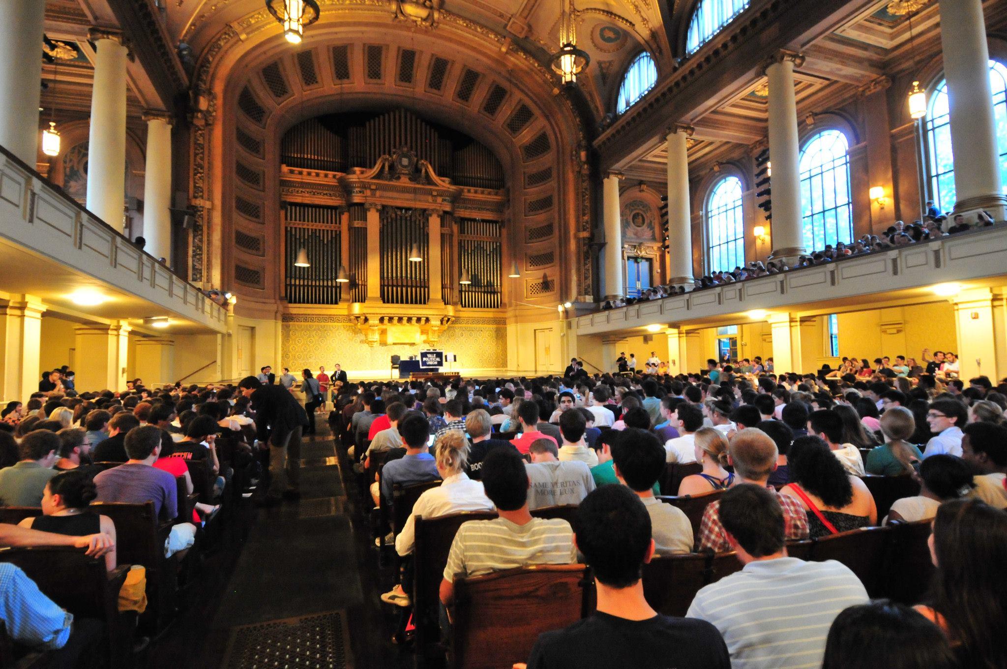 Santorum Crowd Packs Hall