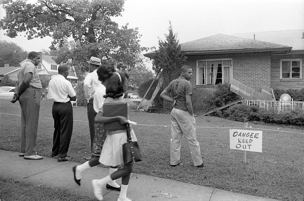 Bomb-damaged_home_of_Arthur_Shores_(5_September_1963)