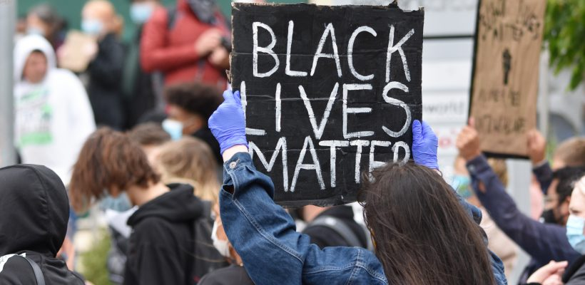 UNC Hosts Black-Only Healing Space, 'Racial Trauma Yoga' Following Chauvin Verdict