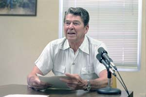 "Reagan ""Outlaws"" Russia"